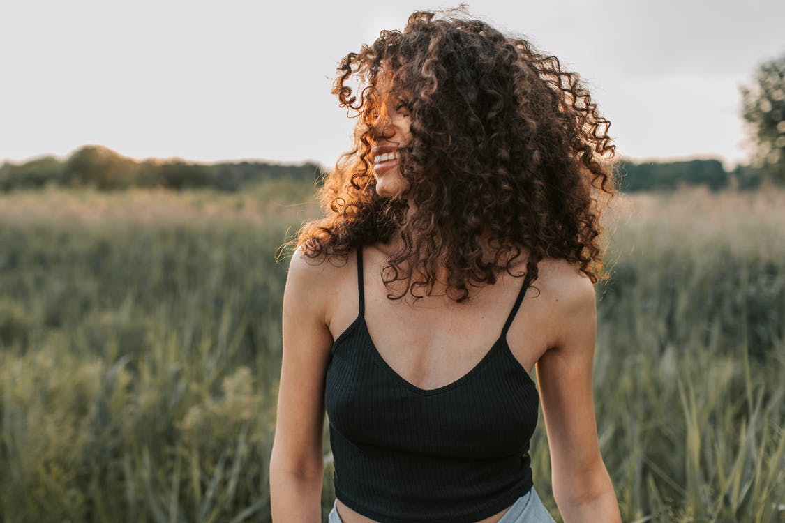 how to dry your hair without making it frizzy