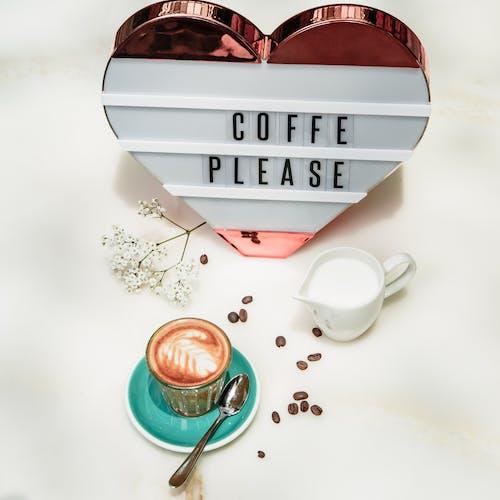 Gratis arkivbilde med cappuccino, de forente arabiske emirater, delikat, drikke
