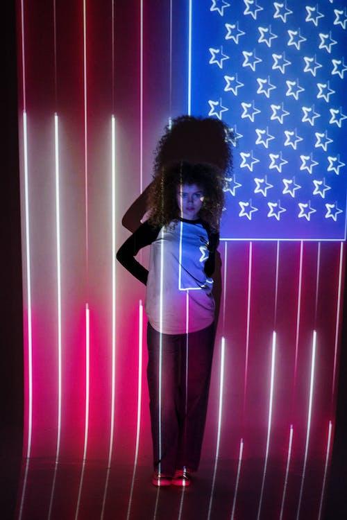 Foto d'estoc gratuïta de 4 de juliol, Bandera nord-americana, cabells arrissats, contemporani