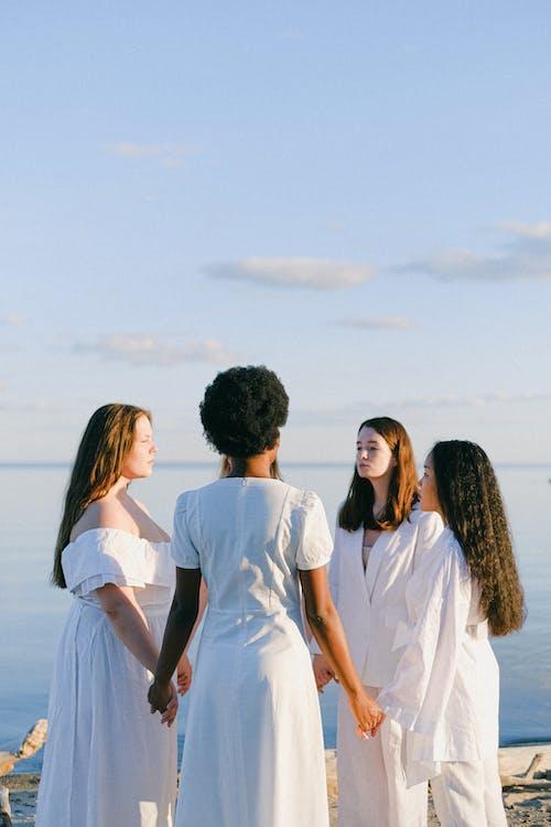 açık hava, aile, arkadaşlık