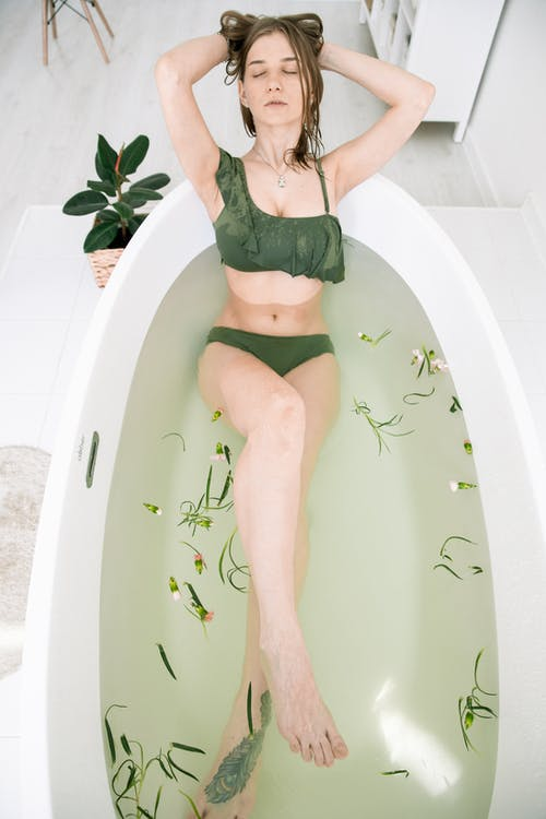 Fotos de stock gratuitas de actitud, adentro, agua