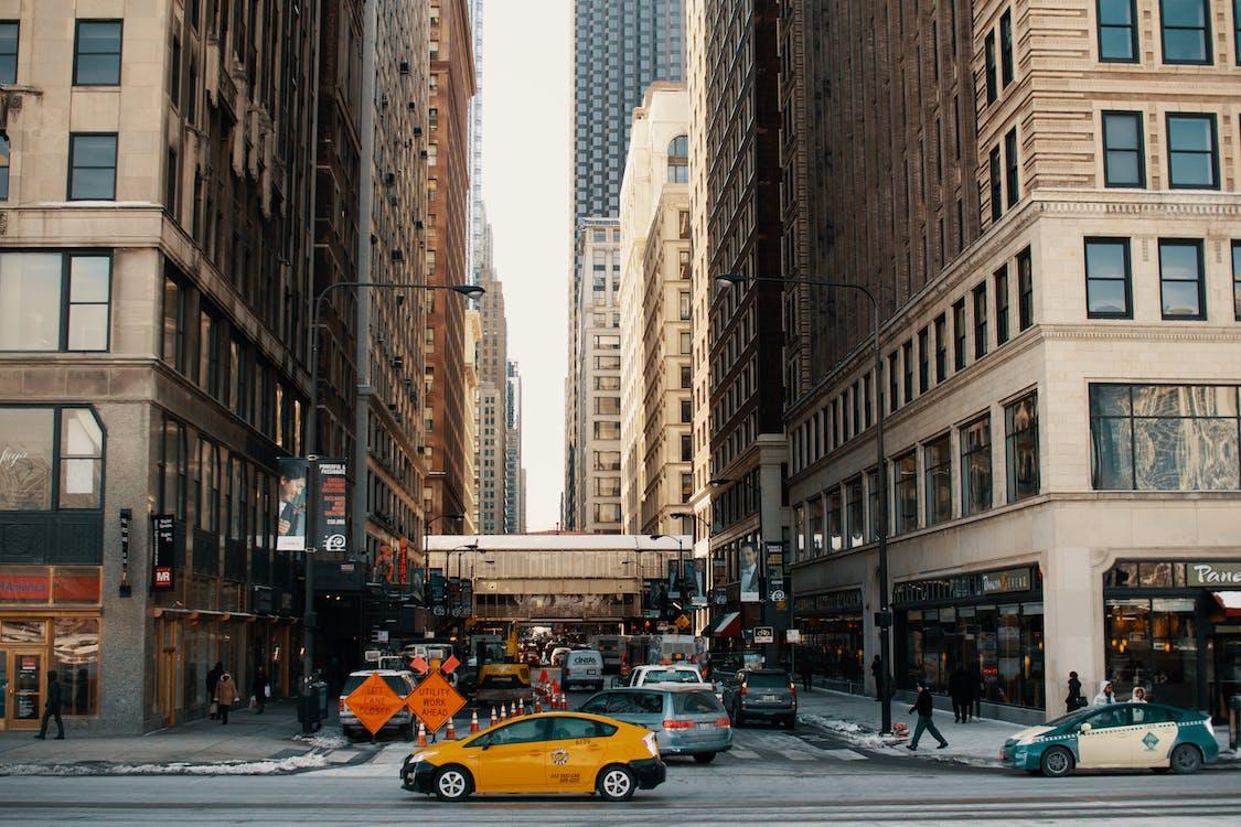 Darmowe zdjęcie z galerii z aleja, architektura, asfalt