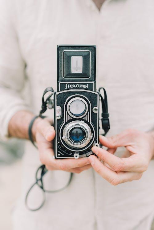 Foto d'estoc gratuïta de antic, càmera, càmera de pel·lícules, càmera digital