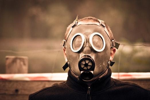 Silver Oxygen Mask