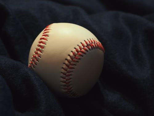 Бесплатное стоковое фото с бейсбол, игра, круглый, мяч