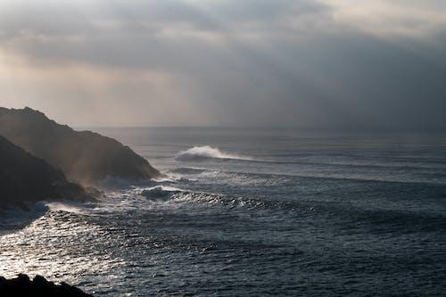 Gratis stockfoto met beukende golven, Cornwall, engeland