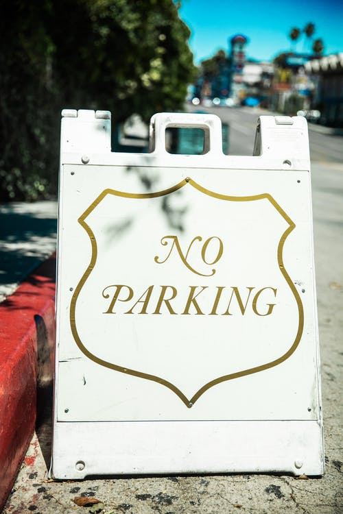 Photo of No Parking Signage