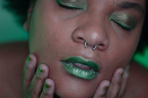 大頭貼, 女人, 女性, 手指 的 免费素材图片