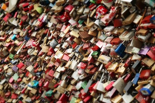 Red Brown Wishing Locks during Daytime