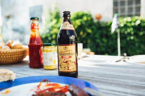 Gratis stockfoto met alcohol, alcohol fles, ambachtelijk bier, avondeten