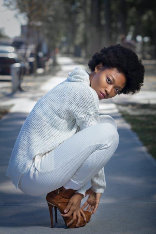 Kostnadsfri bild av 20-25 år gammal kvinna, afrikansk amerikan kvinna, afroamerikanska kvinnor, ansiktsmodell