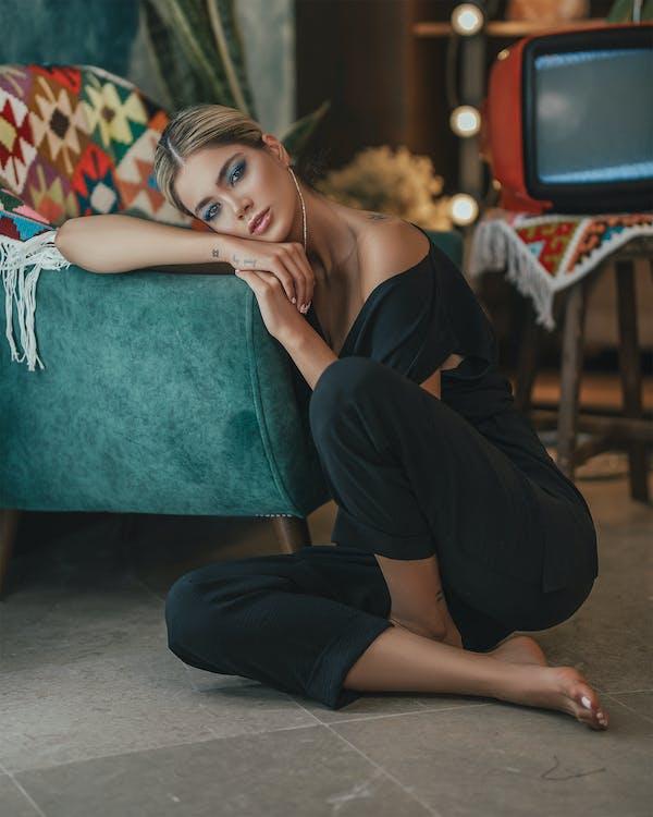 Základová fotografie zdarma na téma apartmán, atraktivní, blond