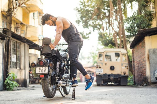 Free stock photo of bike, body builder, boy, cleaning