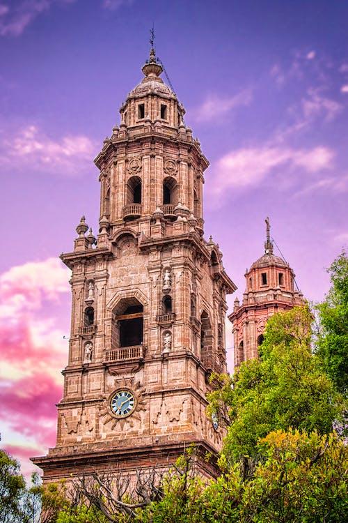 Foto profissional grátis de arquitetura, atraente, bonito, capela
