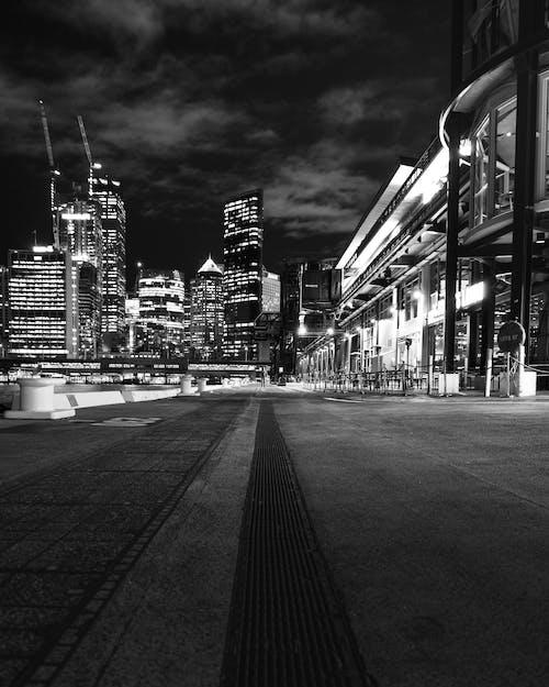 건물, 도시, 도시 풍경, 밤 사진의 무료 스톡 사진