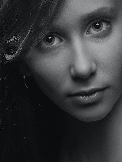 คลังภาพถ่ายฟรี ของ девушка, лицо, монохромный, прекрасный