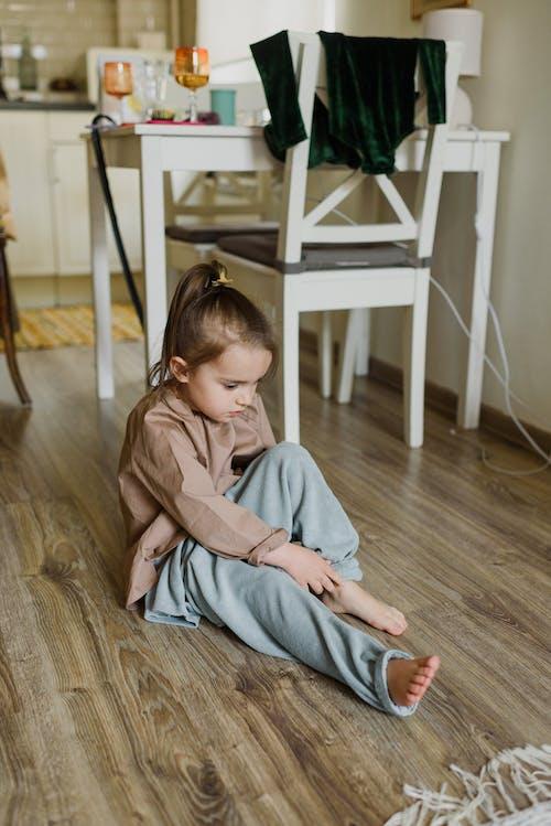 Foto d'estoc gratuïta de adorable, amable, atent, brillant