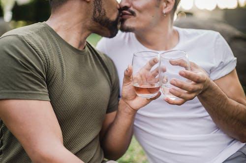 Безкоштовне стокове фото на тему «афроамериканський чоловік, будьмо, гей-пара, гомосексуальний»