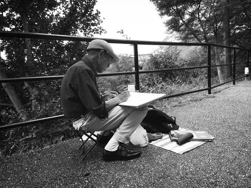 Foto stok gratis artis, artis jalanan, gambar, hitam & putih