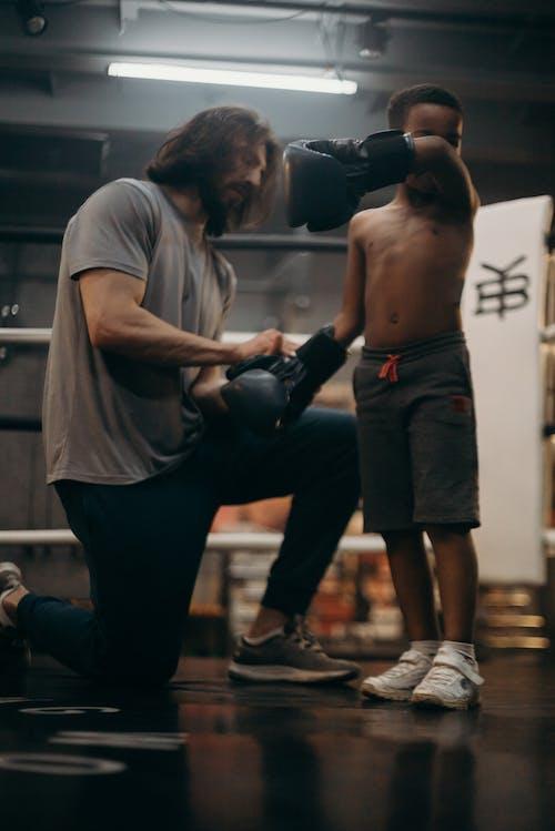 Foto profissional grátis de academia de ginástica, afro-americano, atlético, boxe