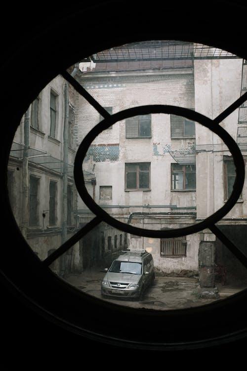 Kostnadsfri bild av äldre, byggnad, cirkelfönster, gammal
