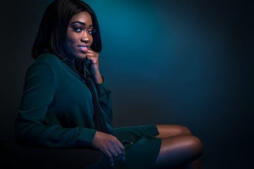Základová fotografie zdarma na téma černoška, černý model, elegantní, hezký