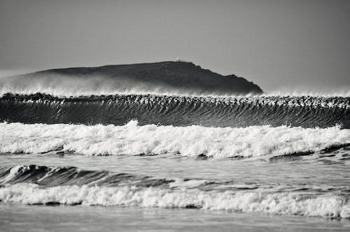 Gratis stockfoto met eenkleurig, golven, grayscale