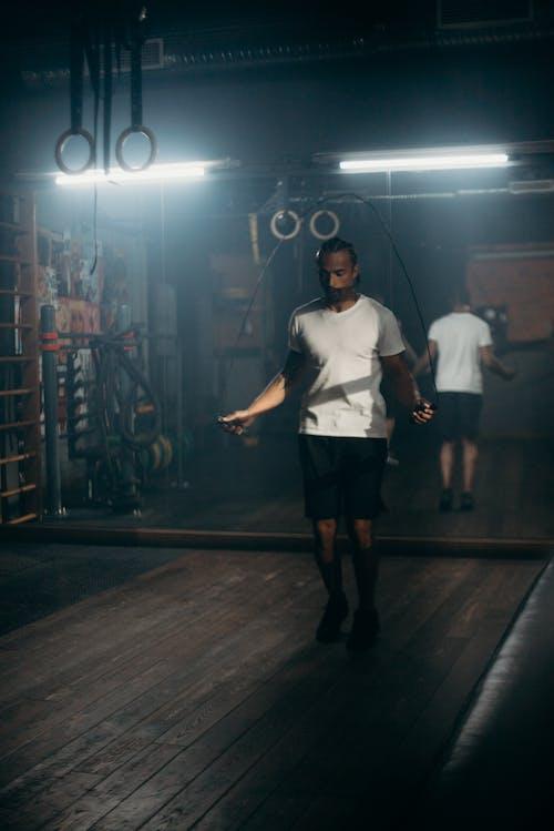 Darmowe zdjęcie z galerii z afroamerykanin, ćwiczenia, fitness