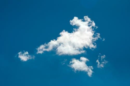 Gratis stockfoto met achtergrond, blauw, blauwe lucht