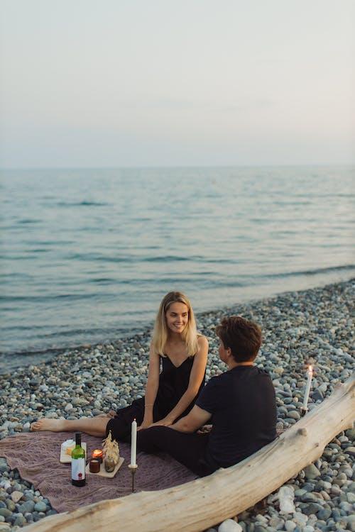 Kostenloses Stock Foto zu date, frau, glückliches paar