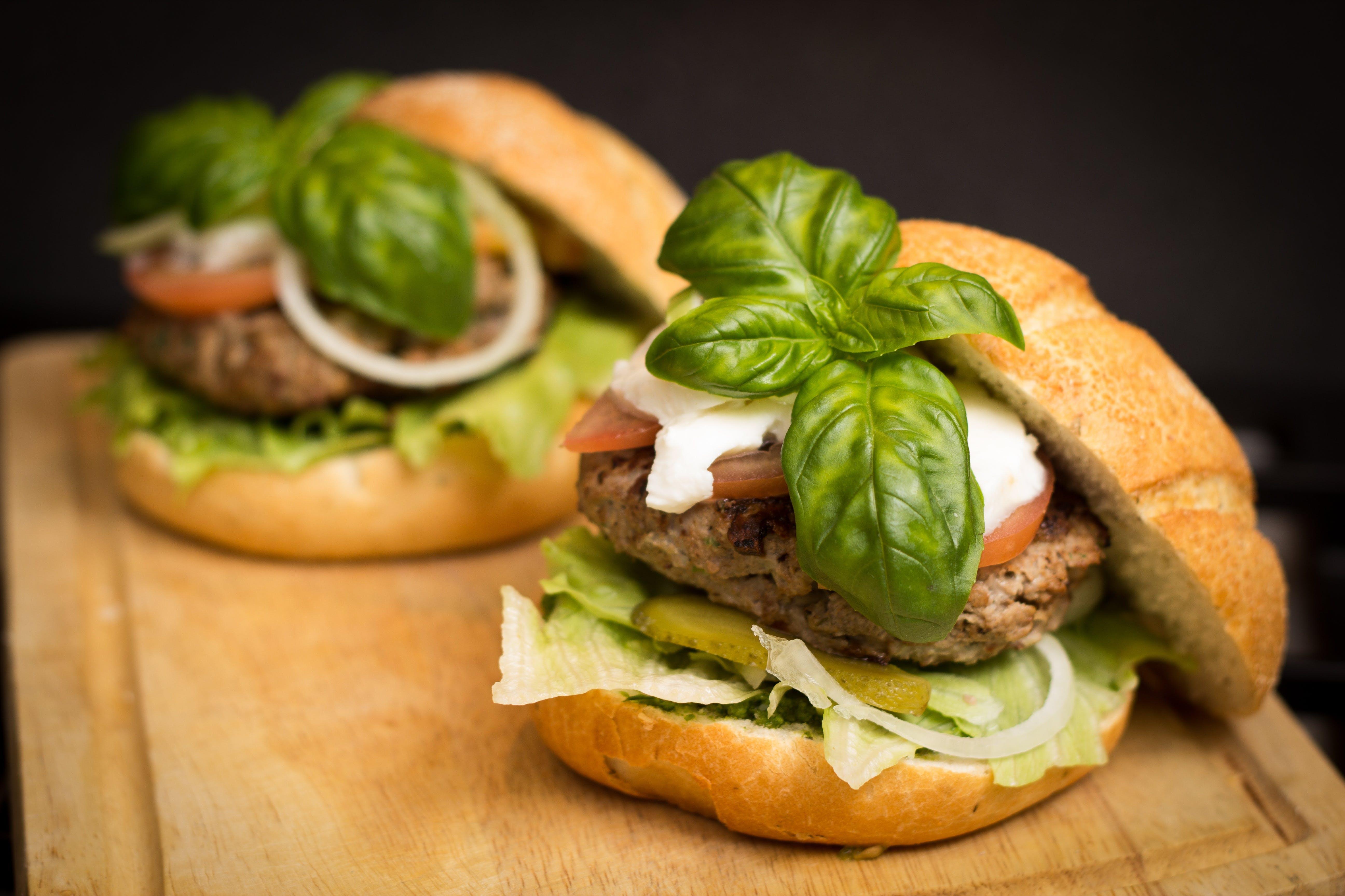 Foto stok gratis burger, camilan, daging, daging sapi