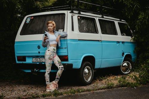 Základová fotografie zdarma na téma akce, auto, autobus, automobilový