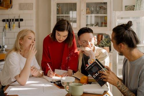 功課, 同居, 圖書, 大學生 的 免費圖庫相片