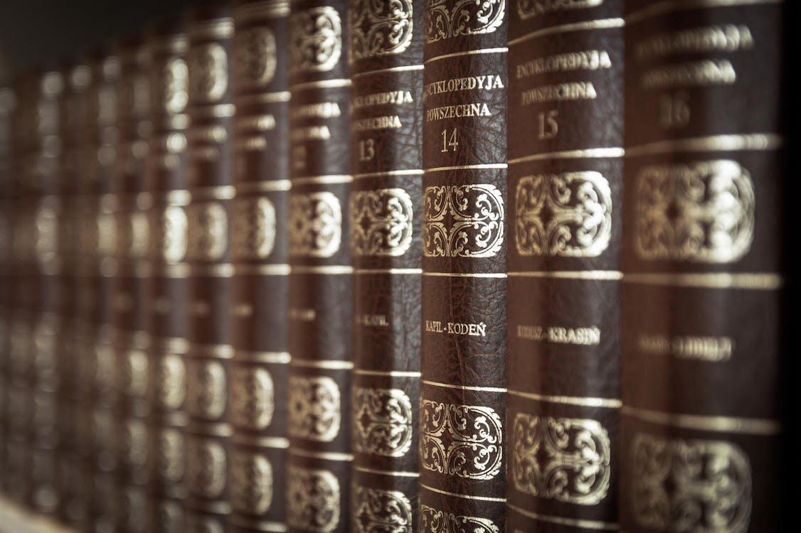 Brown Book Serisinin Makro Fotoğrafı