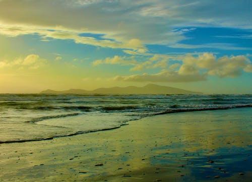Fotobanka sbezplatnými fotkami na tému kývať, mávať, more, mraky