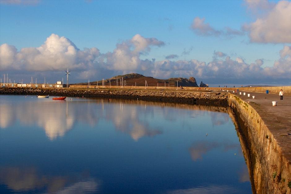 harbor, harbour, pier