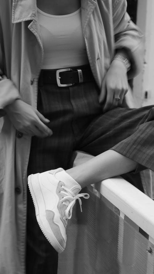 Fotobanka sbezplatnými fotkami na tému čierna a biela, detaily, dievča, dospelý