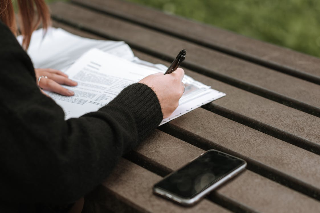 Telephone Job Interview Tips: The Dos and Don'ts