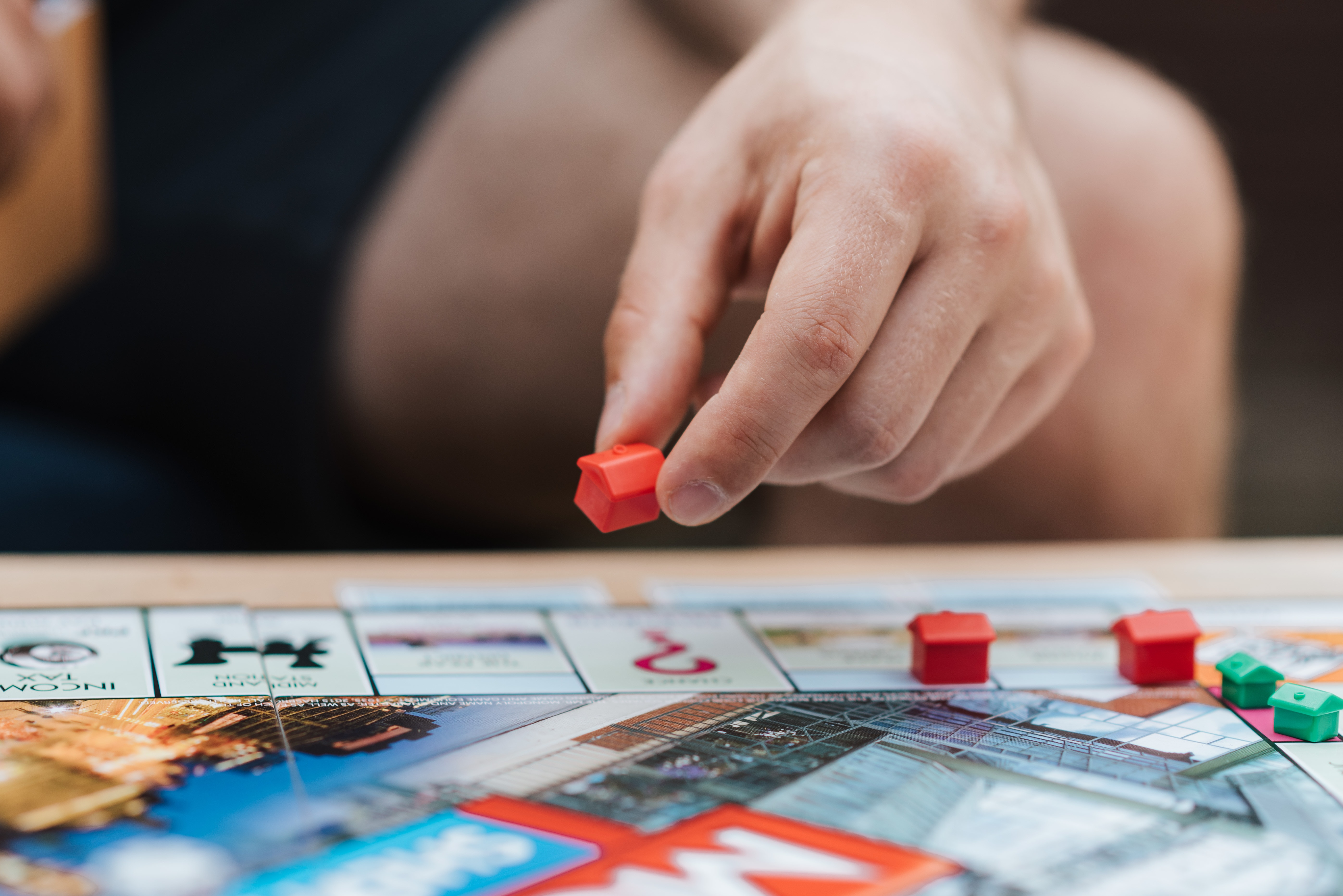 Is A Trivia Board Game the Best Present You Can Gift to Your Grandmother?