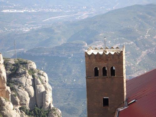 Бесплатное стоковое фото с архитектура, Барселона, гора, горы