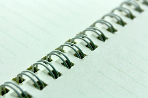 Immagine gratuita di block notes a spirale, composizione, imbottitura, notebook