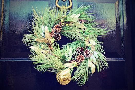 Free stock photo of winter, door, decoration, christmas