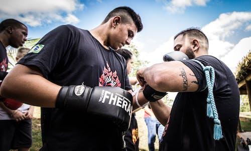 Darmowe zdjęcie z galerii z akcja, bitwa, bokser, ćwiczenie