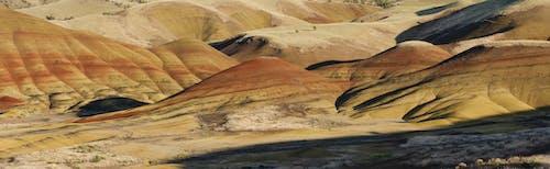Gratis lagerfoto af bakker, farver, høj ørken, jord