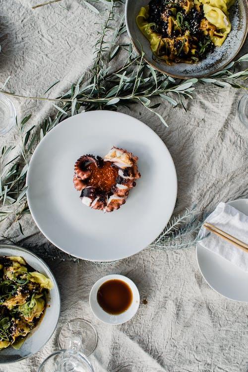 Gratis lagerfoto af appetitligt, arrangement, blad, blæksprutte