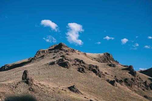 Foto stok gratis batu, berbatu, bukit, di luar rumah