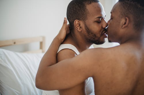 Immagine gratuita di abbraccio, adulto, affetto