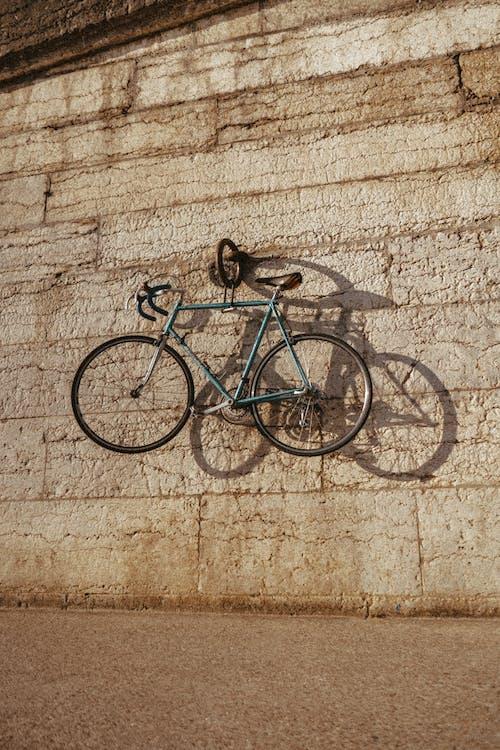 Foto profissional grátis de abandonado, Antiguidade, arquitetura, bicicleta