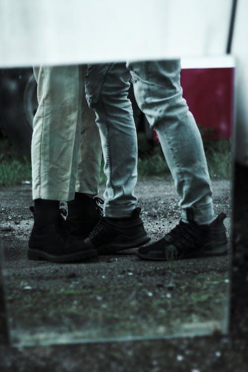 Základová fotografie zdarma na téma bota, chlapec, chodidlo, chůze