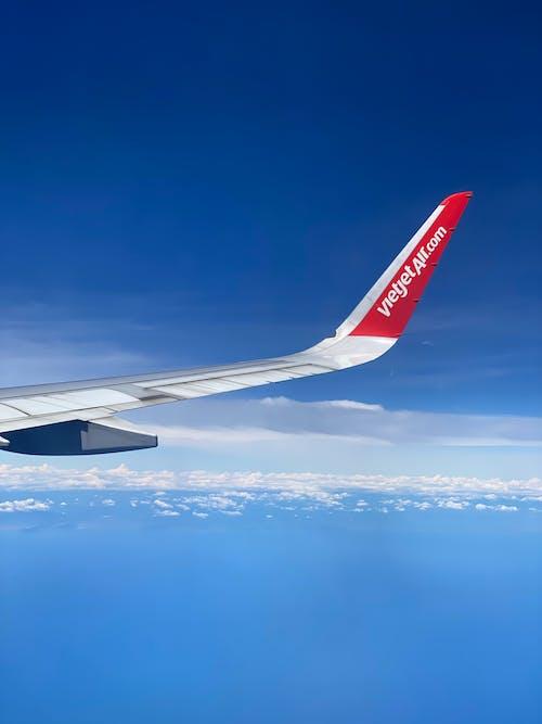 Fotos de stock gratuitas de aeronave, aeropuerto, aire, al aire libre